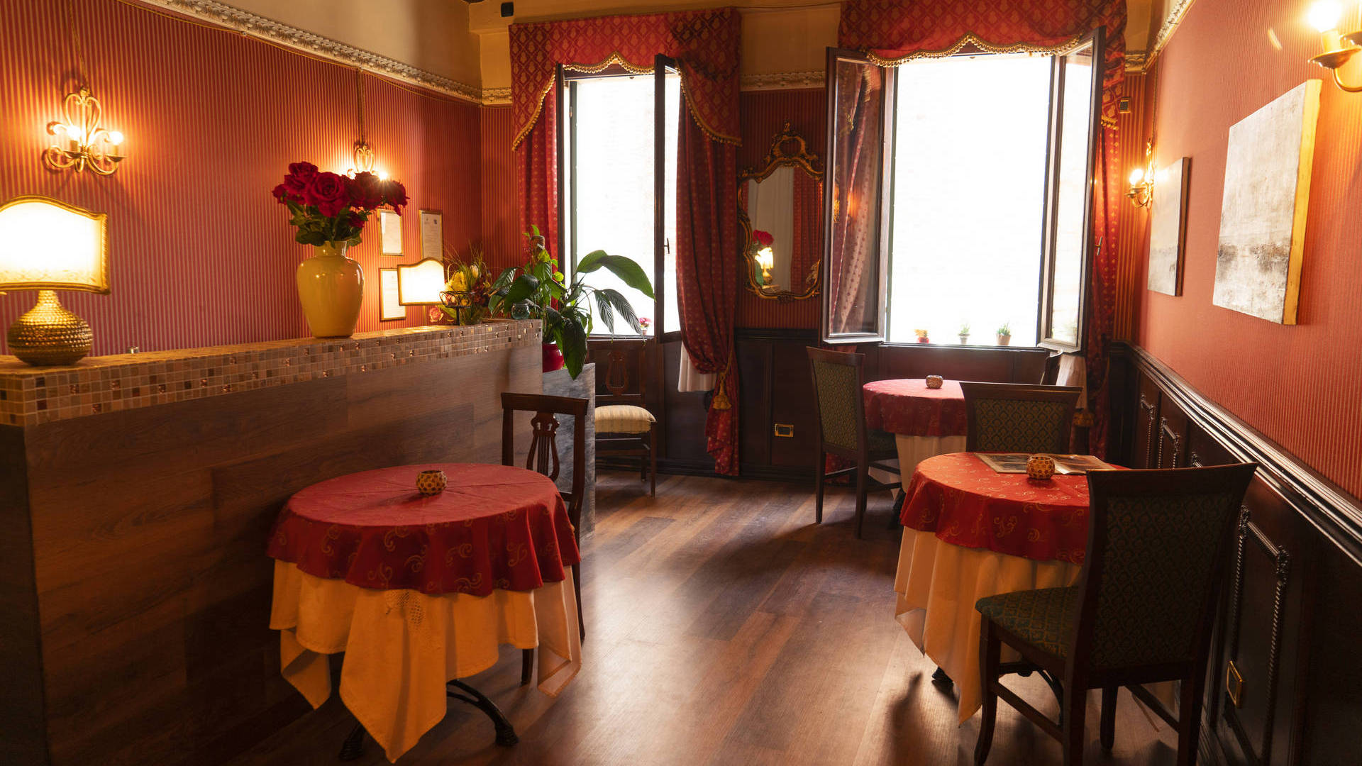 Ca' Morosini Inn in the Center of Venice